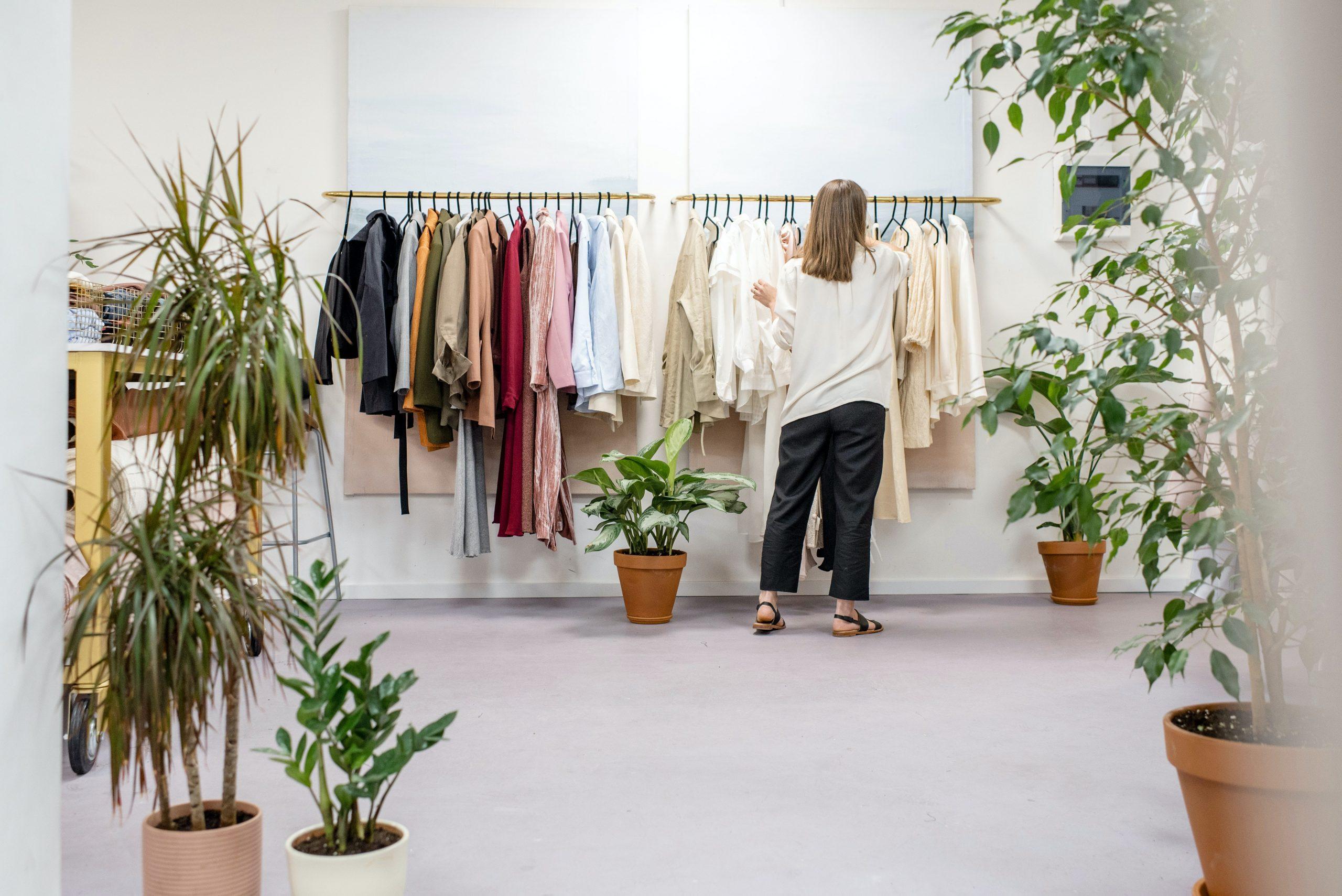 10 tips om duurzaam kleding te shoppen